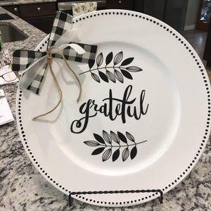 Farmhouse Grateful Decorative Plate